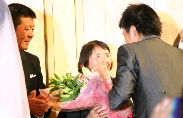 コーセー結婚式 花束.JPG